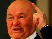 Лужков: Париж в Москве не пройдет