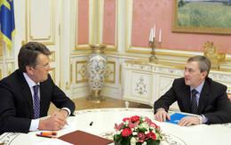 Ющенко призвал фракции Киевсовете отбросить политиканство. Фото