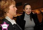 Дочь Тимошенко пришла поглазеть на выставку картин «Скромность и жир». Фото