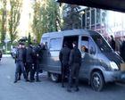 Люди с автоматами собирались штурмовать киевскую гостиницу. Фото