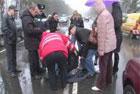 В Киеве «Фольксваген» подвез на капоте женщину. Сбив ее на пешеходном переходе. Фото