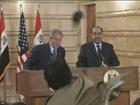 В Ираке на пресс-конференции в Буша полетел ботинок. Фото