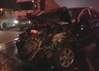 В столице фура раздавила легковой автомобиль. Фото