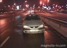 Киевлянин крайне неудачно перебежал дорогу. И очутился под колесами легковушки. Фото
