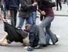 Отморозки избили парня на перроне
