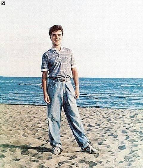 16 фев 2017. Дмитрий медведев: фото, биография, фильмография, новости вокруг тв.