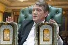 Как до жирафа. До Ющенко доходит, что деньги на борьбу с эпидемией разворовывают