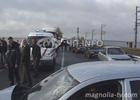 Лобовое столкновение на въезде в Черкассы. Водителя одной из машин пришлось вырезать из салона. Фото