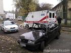 Киевлянин, врезавшись в дерево, вылетел через лобовое стекло из салона машины. Фото