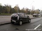 На Броварском проспекте неслабо помяли друг дружку три машины. Фото
