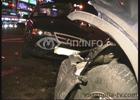 Киев. Водитель «Хонды» внезапно ослеп и в упор не заметил идущую на встречу машину. Фото