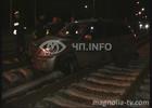Киев. После гонок по рельсам внедорожники превратились в хлам. Фото