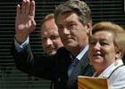 Выборы-2010. У Ющенко поняли, что скромность им не идет