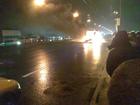 Горящая маршрутка заблокировала пол-Киева. Фото