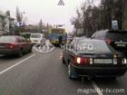 В центре Киева легковушка и маршрутка не поделили дорогу. Есть раненые. Фото