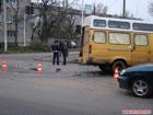 В Житомире поцеловались две переполненные маршрутки. Фото