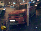 Киев. Девушка превратила кроссовер Mitsubishi в груду металлолома. Фото