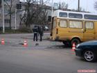 Житомир. Неработающий светофор свел вместе две маршрутки. К счастью никто не пострадал. Фото