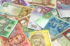 Гривна разделалась с долларом и евро