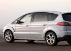 Ford немного покорпел над минивэнами S-Max и Galaxy. Фото