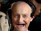 Ученые  установили самый счастливый возраст человека