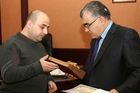 Руководителю украинского ИАЦ Analitika вручили приз за победу в конкурсе СМИ. Фото