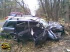 На Черкасщине джип врезался в дерево. Пострадавшие в тяжелом состоянии доставлены в больницу. Фото