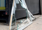 Хмельницкий. Возмущенные предприниматели выломали дверь в здании ОГА