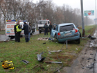 В Киеве девушка врезалась в столб. От полученных травм она погибла на месте. Фото