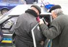 В Мариуполе неадекватный водитель протаранил грузовик. После чего устроил гаишникам настоящее представление. Фото