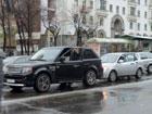 В Киеве девушка за рулем «поцеловала» в зад свою коллегу по рулю. Фото