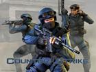 Милиция в бронежилетах и с дубинками собирается возле Администрации Президента