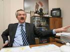 «Знайка» Пинзенык рекомендует Януковичу «отложить и наложить»