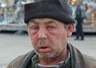 У столичных бомжей истерика. Киевсовет запретил принимать в металлолом крышки люков