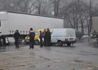 «Москвич» отделал «француза» на суровом николаевском перекрестке. Фото