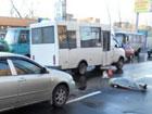В Донецке пожилая женщина умерла под колесами авто. Из-за собственной халатности. Фото