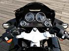 54 индуса умудрились влезть на один… мотоцикл