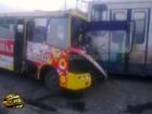 Столичная маршрутка влетела в троллейбус. Пострадали невинные пассажиры. Фото