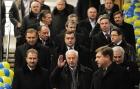 Как Азаров «по второму кругу» метро открывал. Фото