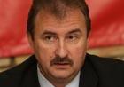 Киевлян лечат портретом Попова