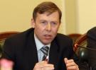 БЮТ заявляет, что Азаров протолкнул «бюджет для 1% населения» и «коммерческих банков»
