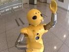 XXI век на дворе… Роботы-официанты развлекают посетителей в китайском ресторане