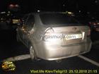Необычное ДТП в Киеве. Пьяного водителя вырвало сразу после того, как он разбил три машины. Фото