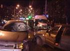 В Киеве «Лада» отфутболила невнимательного пешехода под колеса «Дэу». Фото