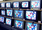 После того, как Толстоухова выперли из Кабмина, его сыночек от отчаяния скрысил у гориллы цветной телевизор и DVD-плеер?