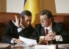 Янукович и Ющенко поговорят как два феодала, Литвин святотатствует, Симоненко укусил себя за х…вост… и другие идиотизмы последних дней