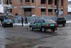 В суровом Николаеве инкассаторская машина взяла тараном «Мазду». Фото