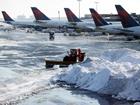 Кошмар и хаос творятся в нью-йоркском аэропорту. Фото