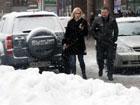Обильный снегопад конкретно усложнил жизнь киевлянам. Фото