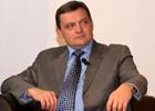 Следователь по делу Луценко без указки сверху и шагу ступить не может. Доказано Грымчаком